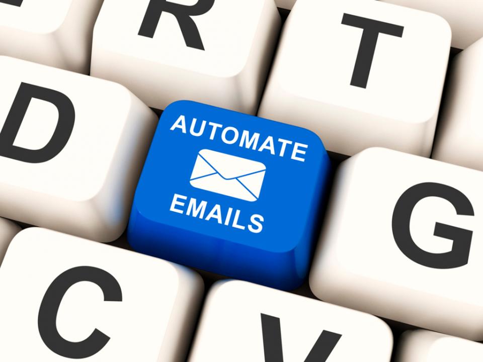 Respuesta automática de correo: Cierra correctamente las transacciones de tu sitio